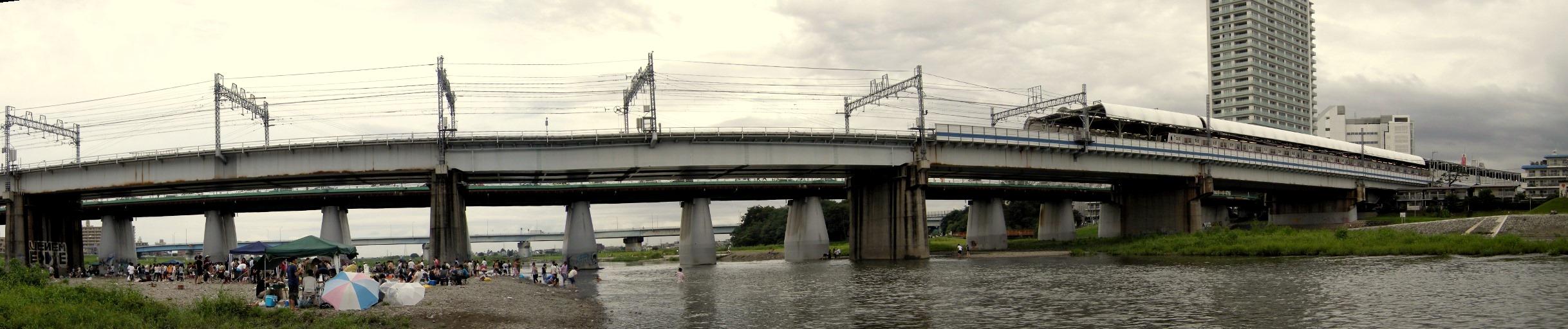 Bridge over the Tamagawa River at Futoko Tamagawa